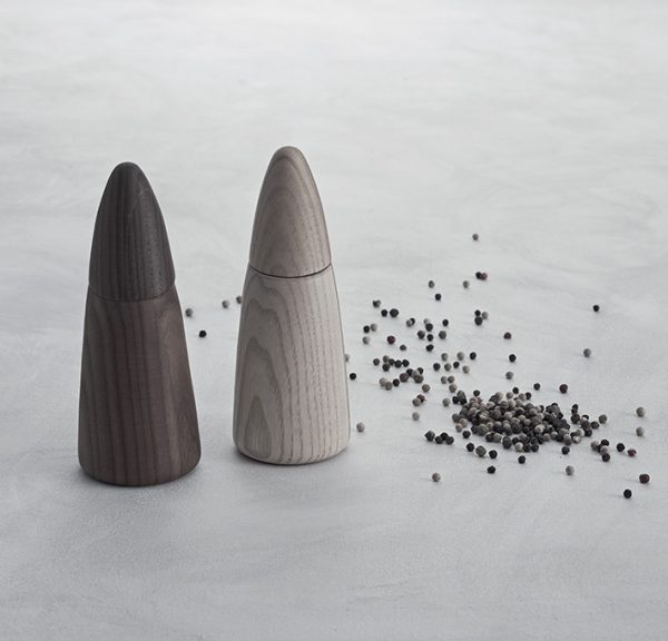 Pepper mill and salt mill made in Italy by LegnoArt