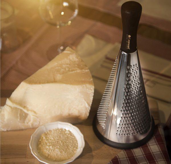 cheese grater Legnoart